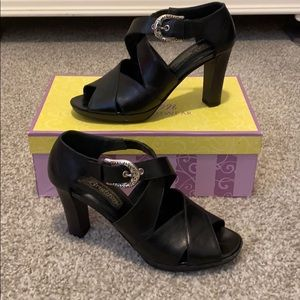 Brighton black leather pumps size 7 EUC